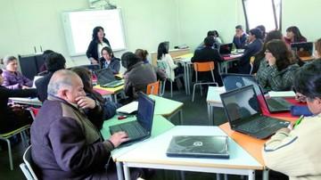 Capacitan a maestros en desarrollo de contenidos educativos