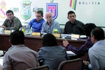 Clubes se oponen a reprogramación de la quinta fecha