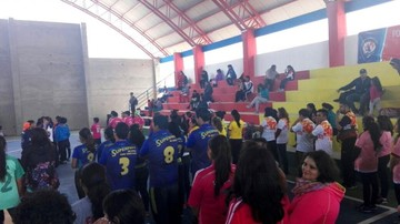 El colegio Montessori inaugura coliseo polideportivo y una cancha de fútbol siete