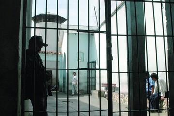 En dos cárceles de la región internos están hacinados