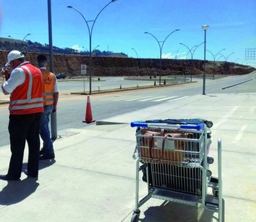 Alcantarí: Viajeros se quedaron sin transporte