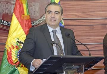 Siles pide no contaminar debate fiscal con política
