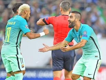 El Barça remonta
