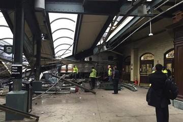 Al menos tres muertos y 200 heridos en accidente de tren en EEUU