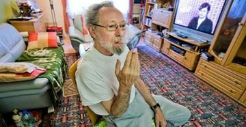 Fumador gana en la justicia para mantener su casa