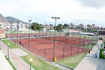 Dos torneos de tenis en Sucre