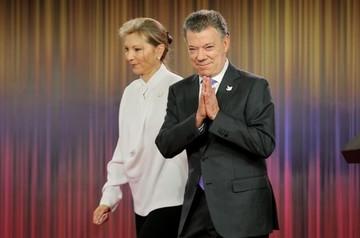 Santos dedica Premio Nobel a todos los colombianos, en especial a víctimas