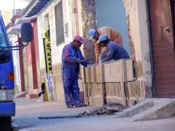 Chuquisaqueños viven del trabajo informal