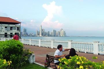 Panamá promociona su historia su exhuberancia