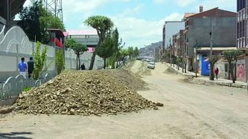 Piden a la Alcaldía concluir pavimento de la René Calvo