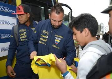 La Tricolor ya concentra en La Paz