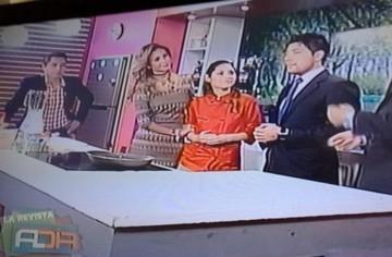 Fabiola Chávez se disculpa con la chef Laura León y le regala una bolsa de orégano