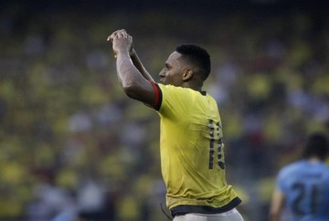 Yerry Mina salva empate de Colombia ante Uruguay