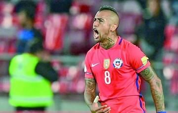 Chile se impone a Perú con un doblete de Vidal