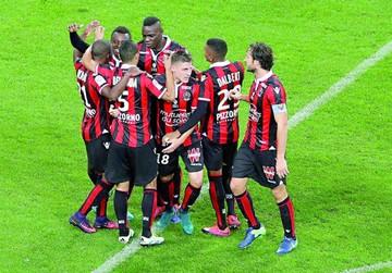 Niza se afianza en lo más alto de la Liga francesa