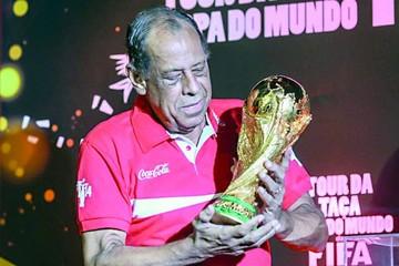 Fallece Carlos Alberto, leyenda de la Canarinha