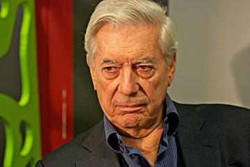 Vargas Llosa: La corrupción amenaza a los gobiernos