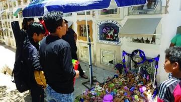 Las tradiciones aún perduran en Todos Santos