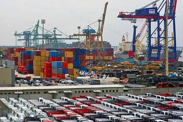 Brasil acumula superávit en su balanza comercial