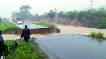 Lluvias cortan ruta entre Cochabamba y Santa Cruz