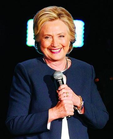 FBI ratifica que Clinton  no debe ser imputada