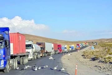 Evo: Paro busca asfixiar la economía de Bolivia