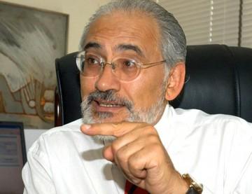 """Carlos Mesa """"asume"""" que actual Gobierno tiene gastos reservados"""
