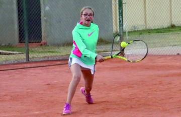 Tenis abre ciclo de torneos