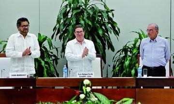 Gobierno colombiano y FARC sellan otro acuerdo