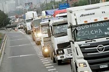 Se reanuda paro en Chile y sigue perjuicio al transporte