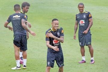 Perú y Brasil  buscan prolongar  su buen momento
