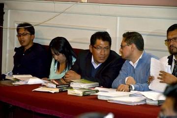 """Tras 12 horas de audiencia, juez envía a la cárcel al  """"poderoso"""" fiscal Saravia"""