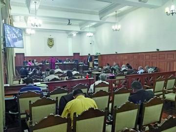 Misiles: Admiten nueva prueba y suspenden juicio