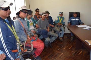 Alcantarí: Observan falta de seguridad para trabajadores y frenan refacción