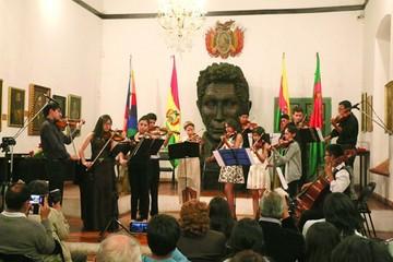 Jóvenes concertistas de cuerdas brillan en gala