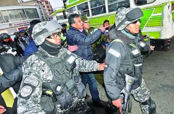 Carencia de agua dispara la tensión en La Paz y El Alto