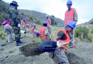 Gobierno contratará a firmas extranjeras ante crisis de agua