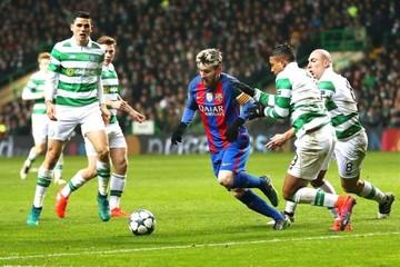 Messi mete al Barça en octavos de la Champions