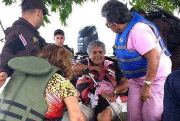 Nicaragua decreta estado de emergencia nacional por huracán, sismo y tsunami