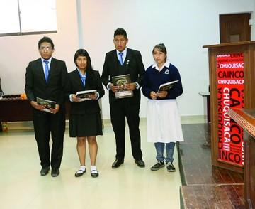Premian a estudiantes emprendedores