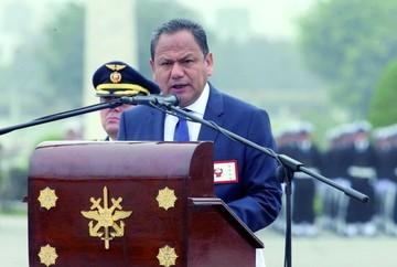 Perú: Renuncia ministro por escándalo amoroso