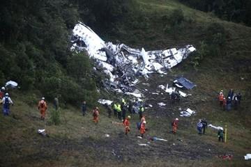 Confirman que dos bolivianos sobrevivieron al accidente aéreo que llevaba al Chapecoense