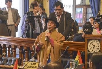 Suspenden audiencia de juicio contra Cusi