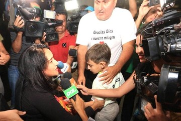 Ximena, sobreviviente de LaMía, llega a Bolivia y agradece a Dios por la nueva oportunidad de vida