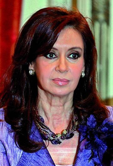 Acusan a Fernández por dos delitos de corrupción