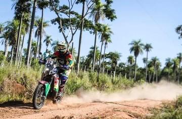 """""""Chavo"""" Salvatierra alcanza el puesto 27 y es el mejor boliviano en motos"""