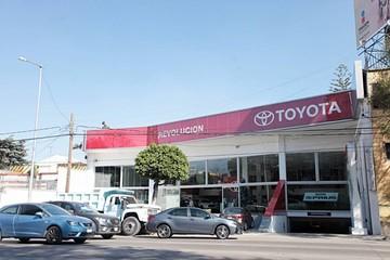 Trump amenaza a Toyota con aranceles aduaneros