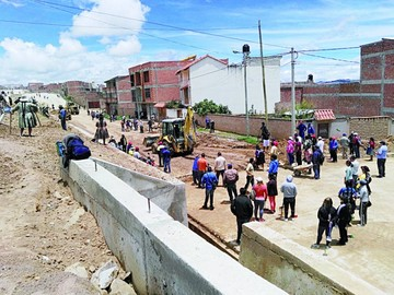 Habilitan un tramo de la avenida Juana Azurduy
