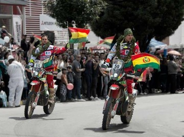 Destacado debut de hermanos Nosiglia en el Dakar 2017