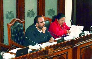Claros dice que LaMia era legal y señala a Castedo
